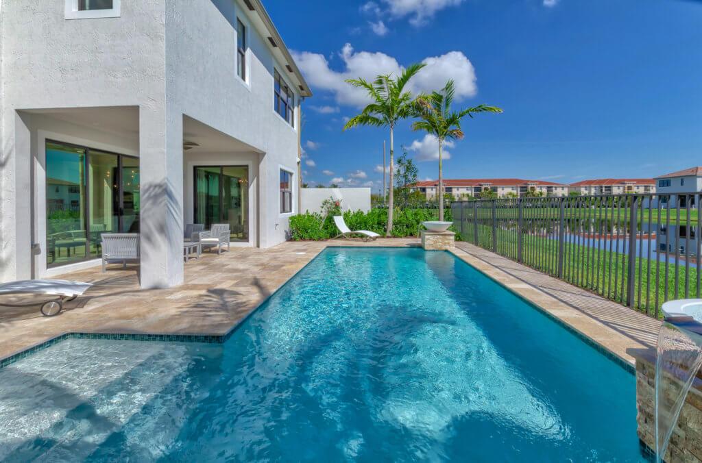 Costa Pool 6 HDR