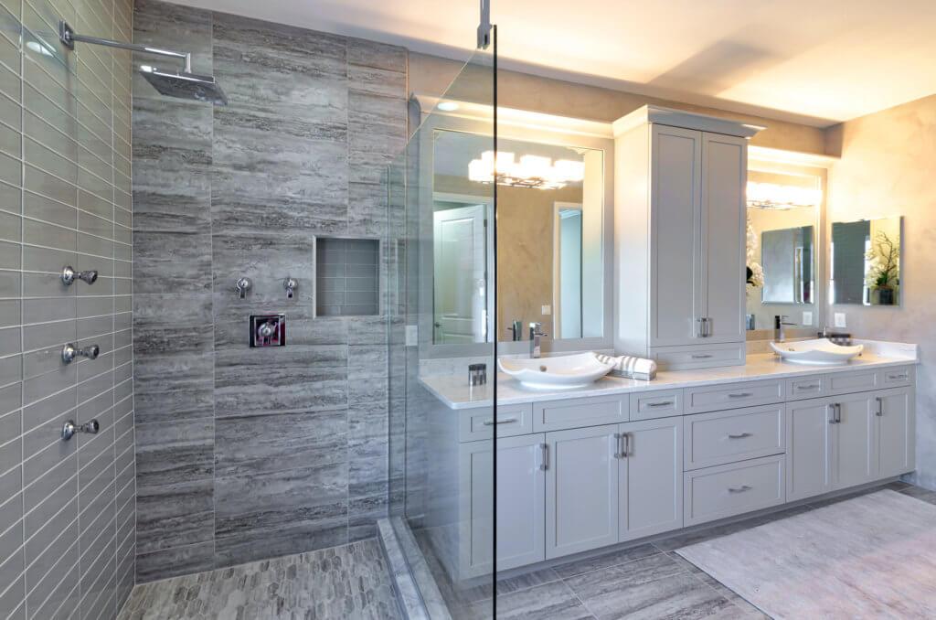 Mesa Upstairs Master Bathroom 4 HDR